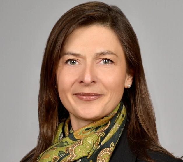 Phillip Kaszay Frau