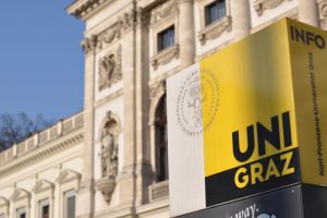 Uni Graz Hauptgebäude Credit Uni Graz cp pictures 300x200