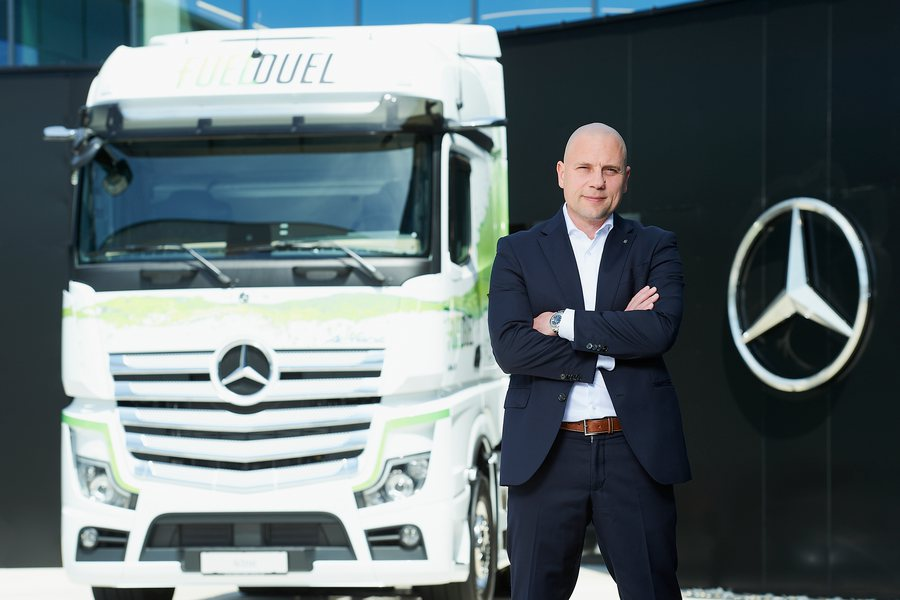 Heiko Selzam Credit Mercedes Benz Trucks Flausen Brandl