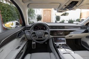 Audi S8 Innenraum Credit Audi AG Wollstein 300x200
