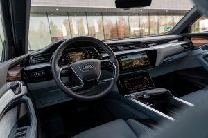 Audi e tron Sportback Cockpit Credit Audi AG 300x200