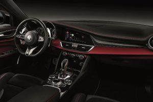 Alfa Romeo Giulia und Stelvio Quadrifoglio 2020 Credit Alfa Romeo 300x200
