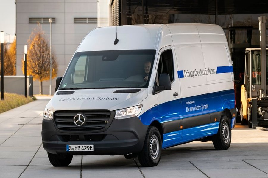 Mercedes Benz eSprinter 2020 Credit Daimler AG