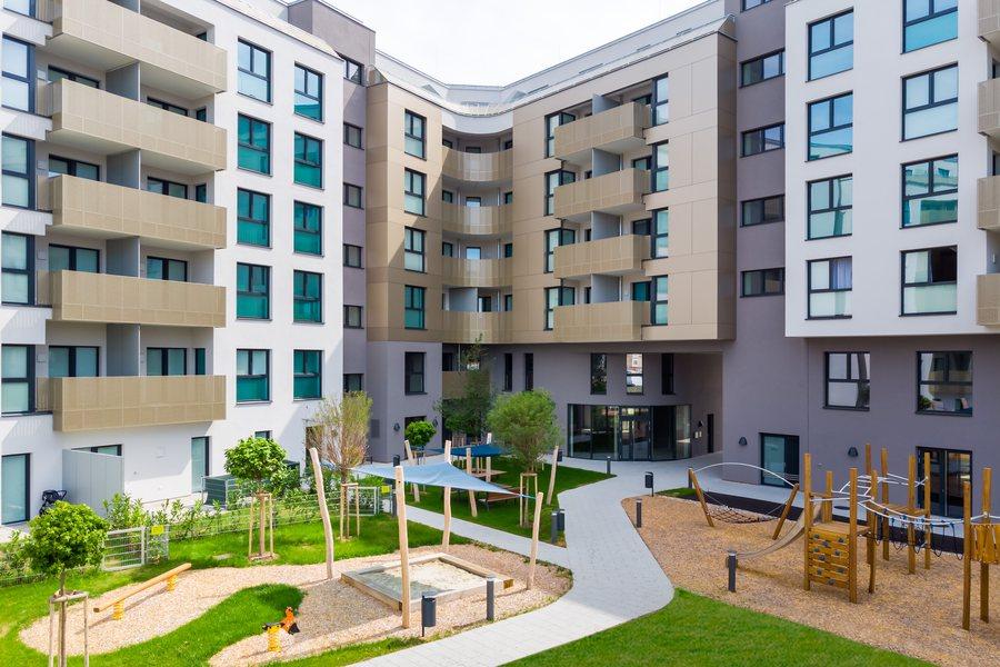 Q11 Credit Art Invest Real Estate Management Austria GmbH Weilguny