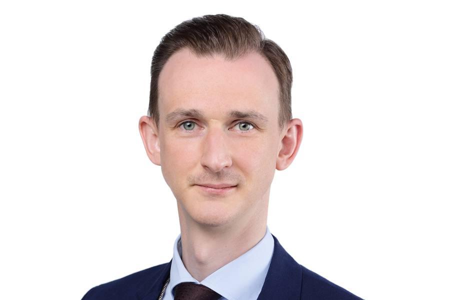 Alexander Hiermann wird Anwalt für Steuerrecht bei CMS